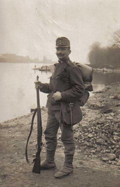austriansoldier_l.jpg
