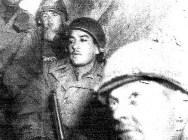 1404351643_soldiers_world_war_2_photos_08.jpg