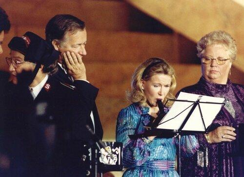 """13 oktober 1991. Принцесса Кристина во время репетиции программы TROS """"Соло для ребенка - Музыка для приемных родителей"""""""