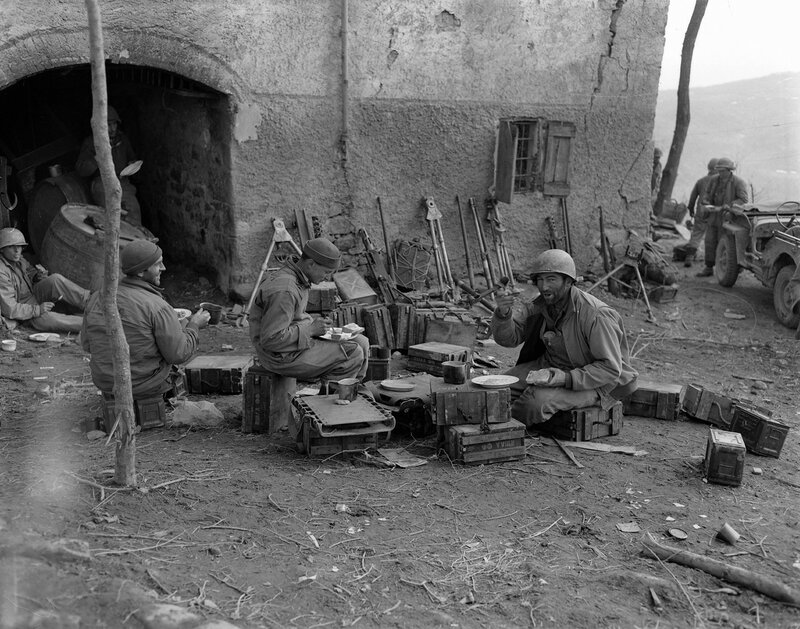 [1945] Eating chow in Italian hilltown
