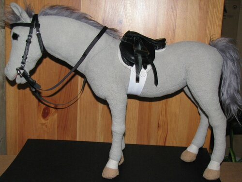 Как сшить седло для игрушечной лошади