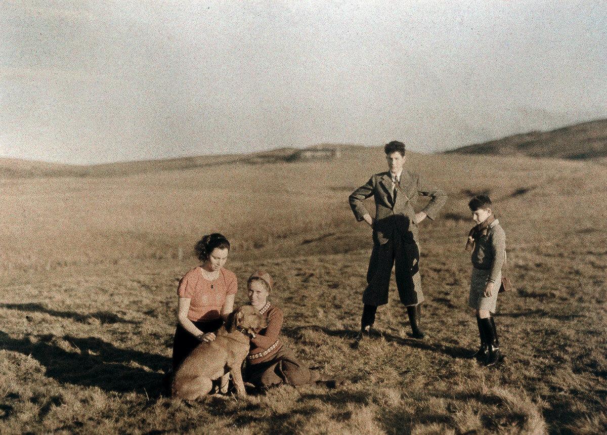 1933. Родственники Панетов в Шотландии