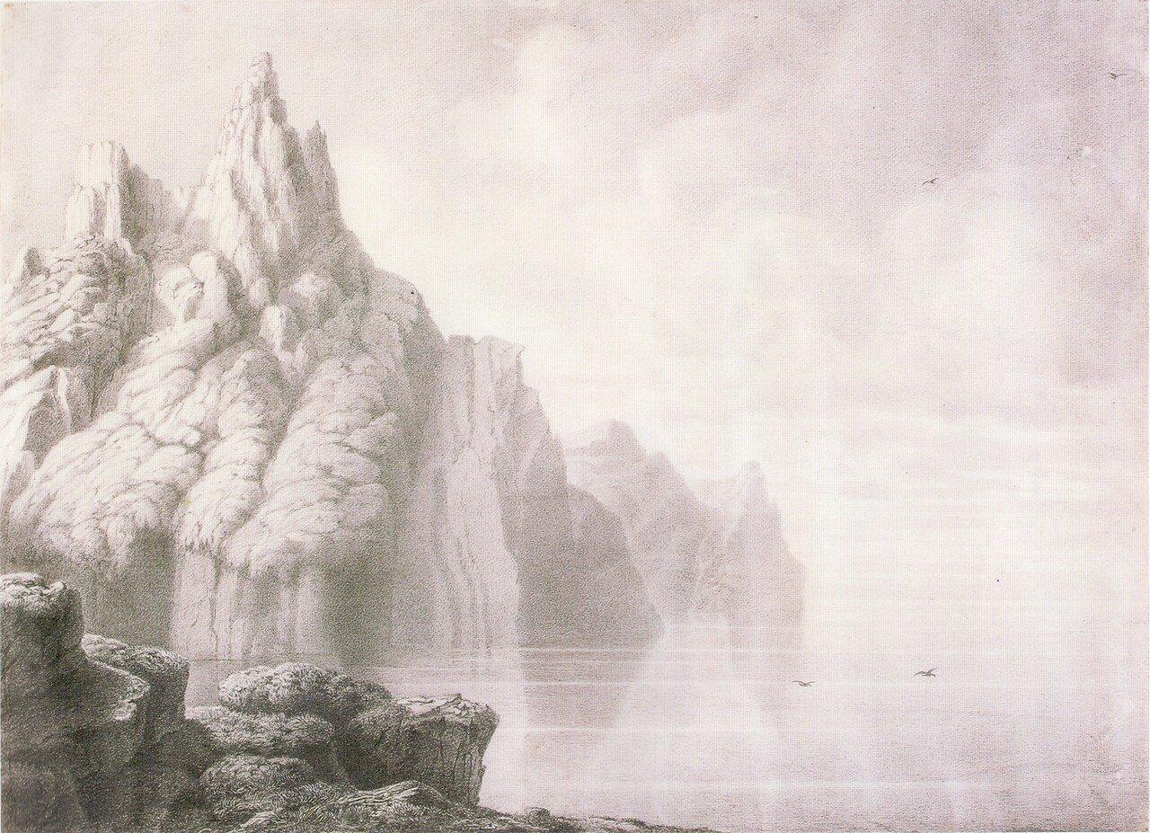 64.Скалистый берег сразу за мысом Белый.jpg