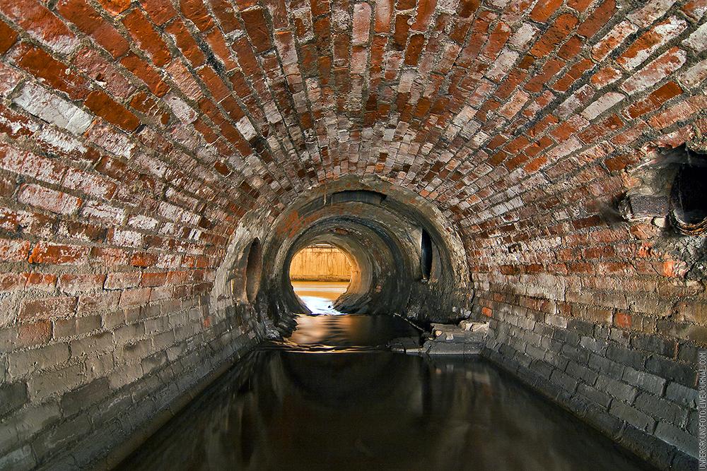 Кирпичный тоннель