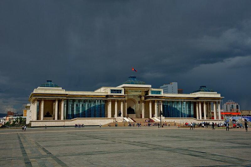 Главная площадь столицы Монголии.