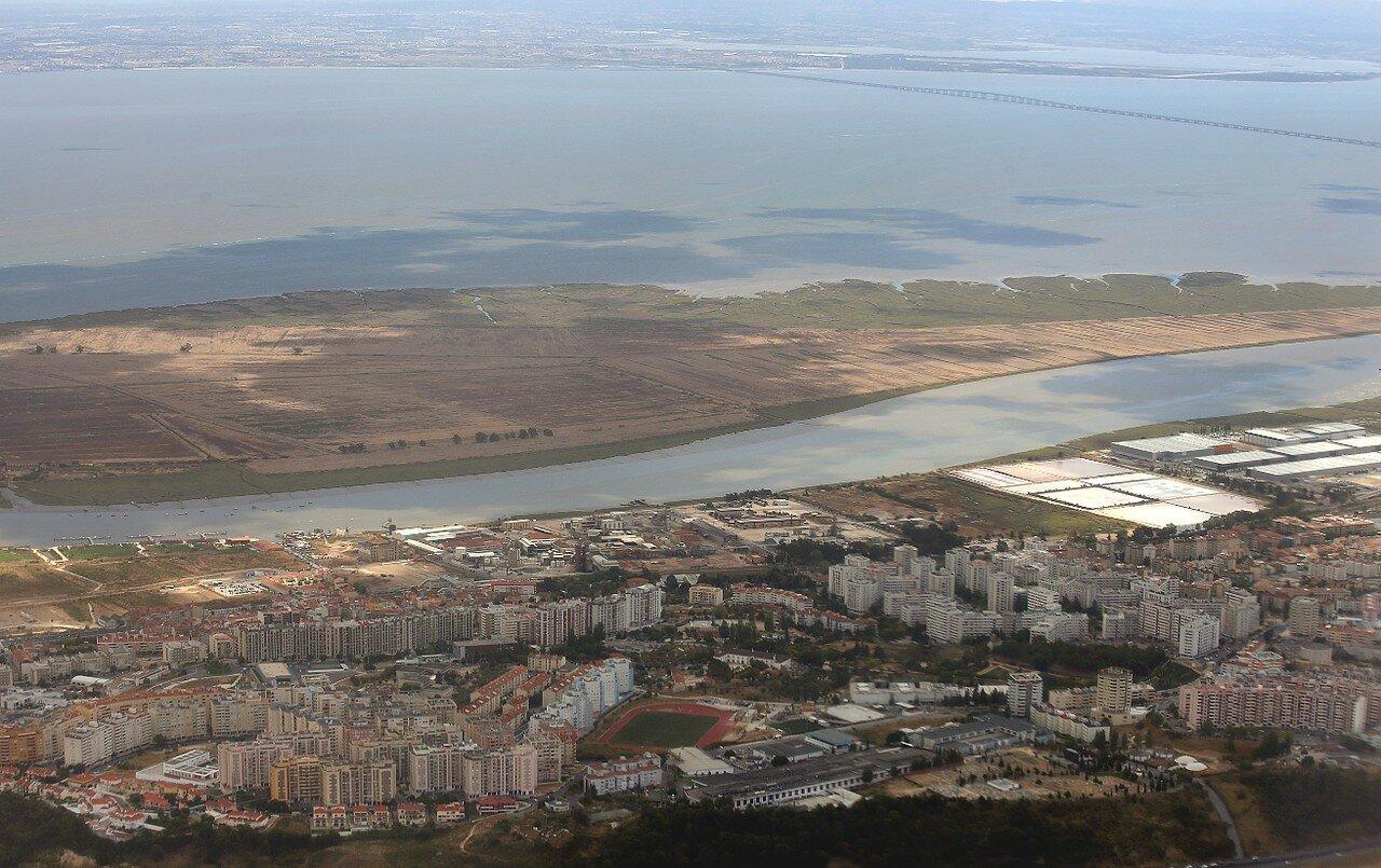 Окрестности Лиссабона с воздуха. Санта-Ирия-де-Азойя
