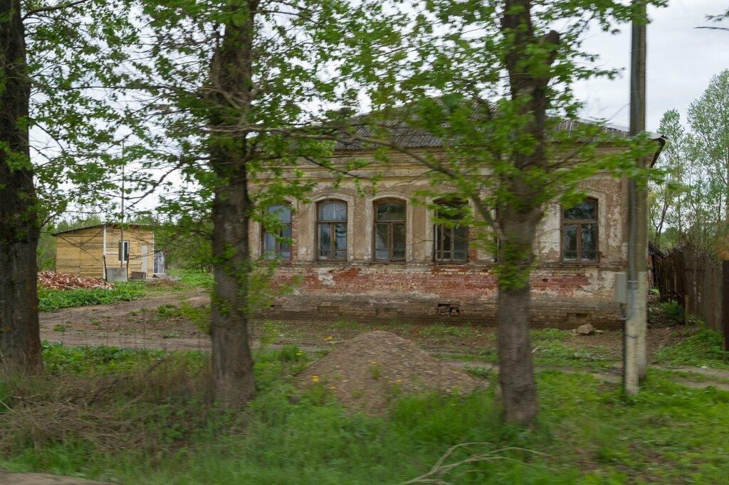Старинный дом, трасса М-8