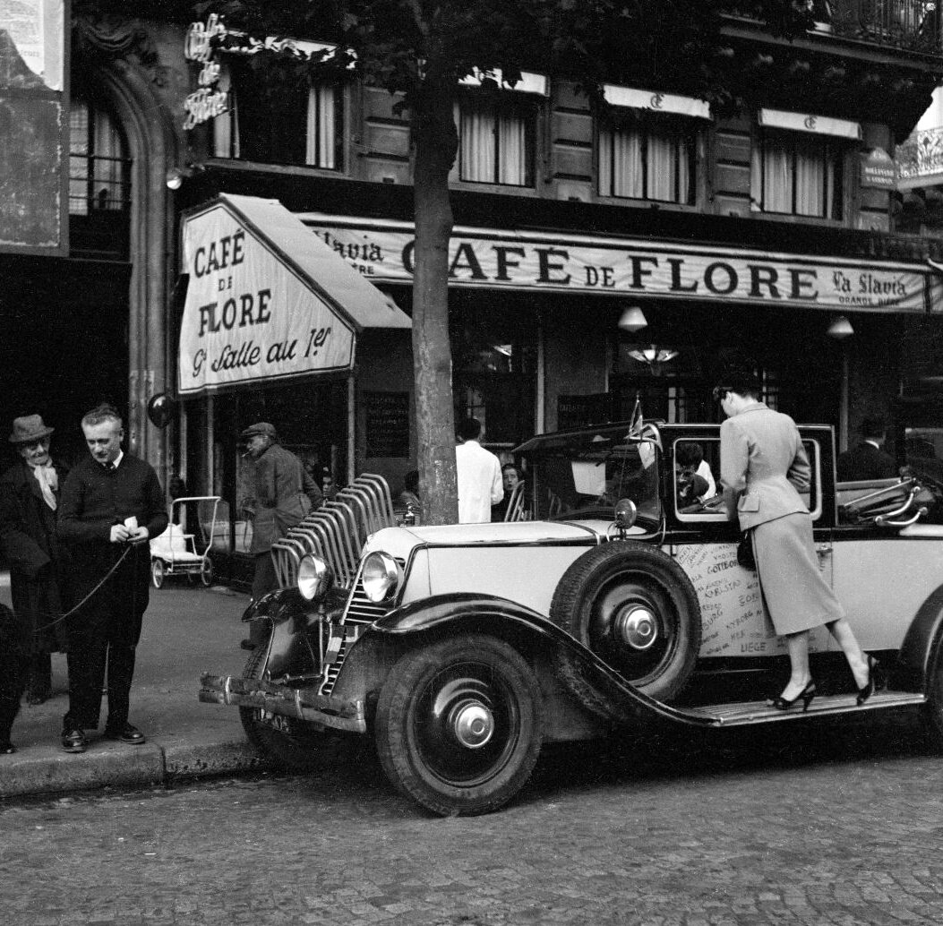 1950. Кафе де Флор