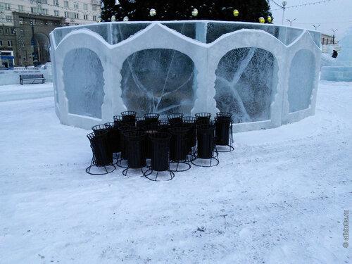 Ледяной городок на Площади Революции