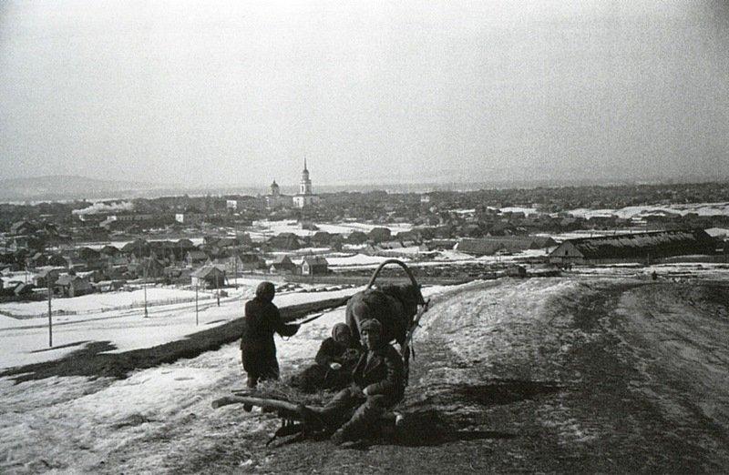 Вид города Жигулевска. Середина. 1950-х гг.jpg