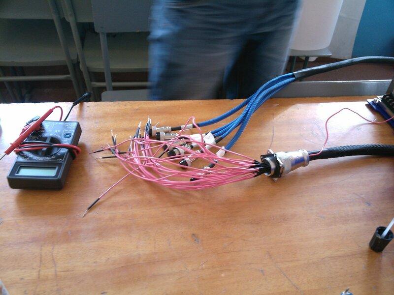 Рраптор ЧПУ3-сборка, провода-06.jpg