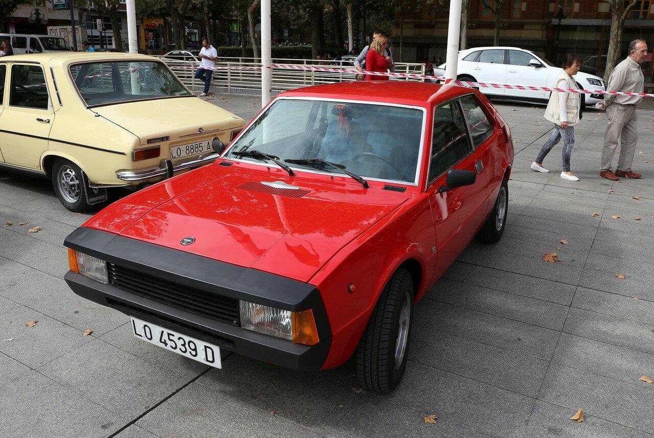 Парад ретроавтомобилей в Логроньо. SEAT 1200 Sport