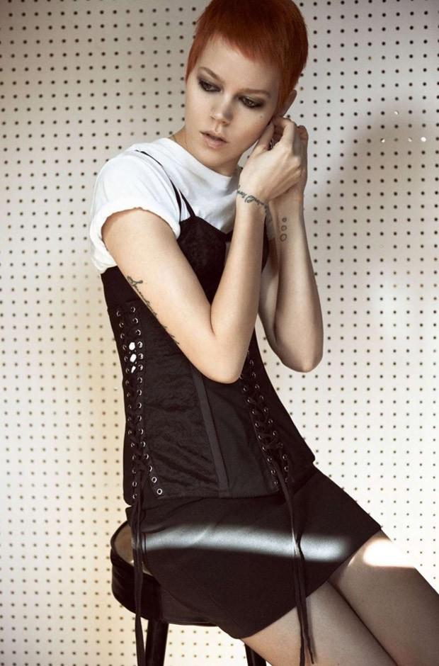 Freya-Bexa-Freja-Beha-v-zhurnale-Vogue-Paris-13-foto