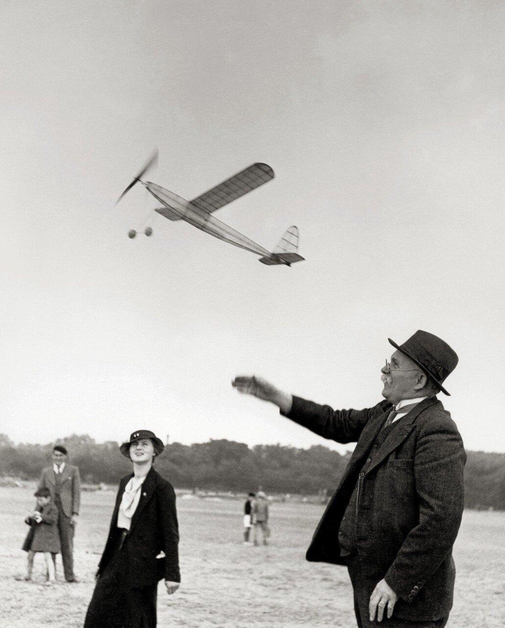 1936. Дедушкин аэроплан
