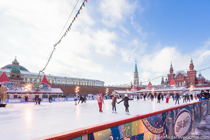 Предновогодняя Москва 2015. Каток на Красной площади.