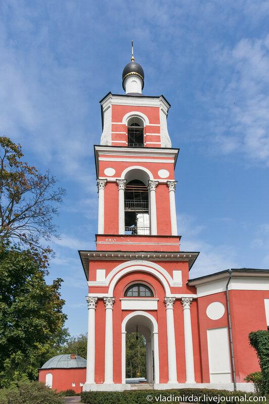 Колокольная храма Петра и Павла в Петровском