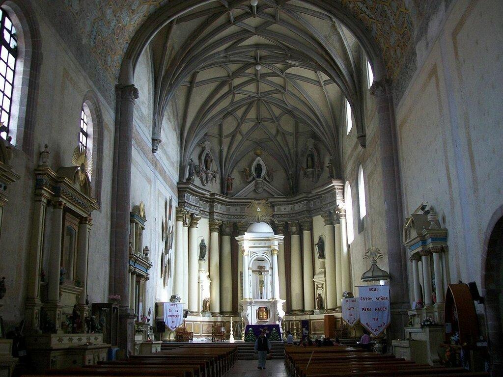 1280px-Templo_de_Actopan,_Interior.JPG