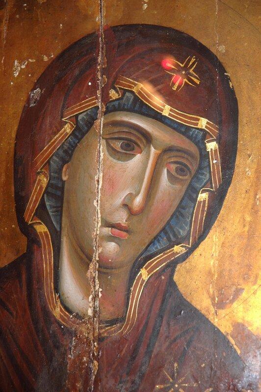 """Икона Божией Матери """"Агиосоритисса"""". Монастырь Св. Екатерины на Синае. Фрагмент."""