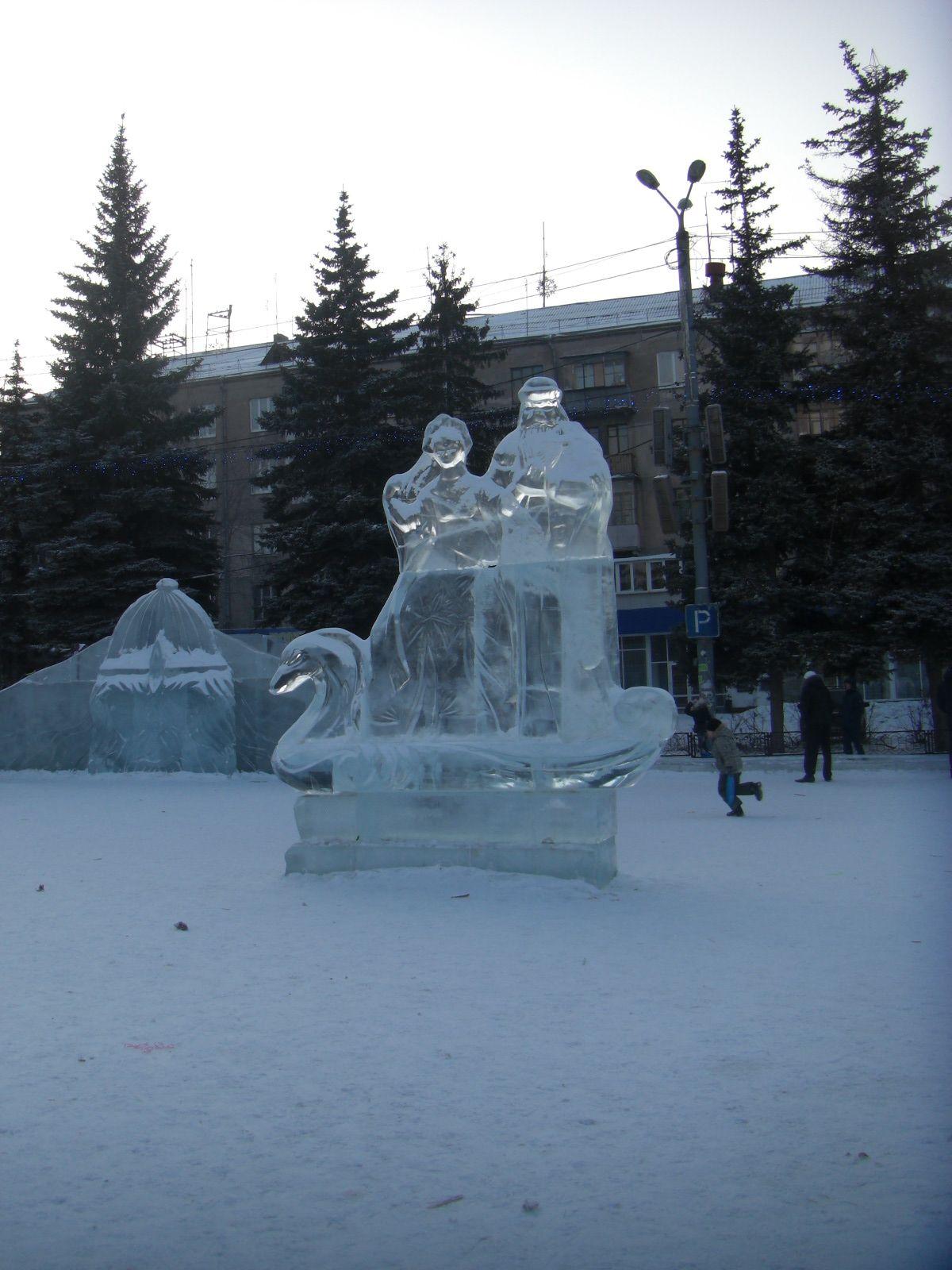 Дед Мороз, Снегурочка и… лебедь (09.02.2015)