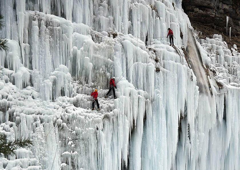 Удивительные замерзшие водопады по всему миру 0 141bbc cc1d6ef0 orig