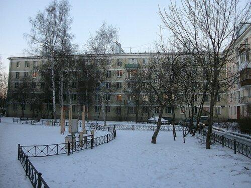 Кузнецовская ул. 12