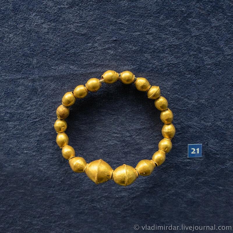 Ожерелье. Золото. Вторая середина III в. н.э. г. Анапа, некрополь Горгиппии, 1975, 1979 гг.