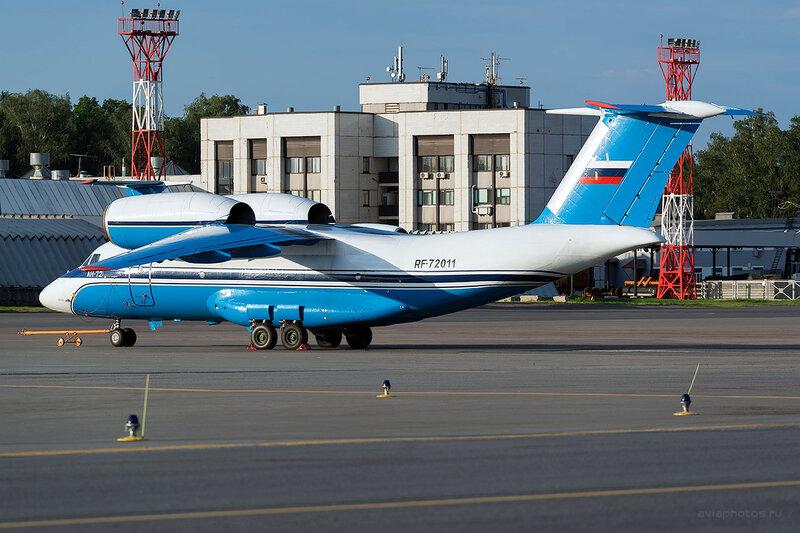 Антонов Ан-72 (RF-72011) Пограничная служба D809376