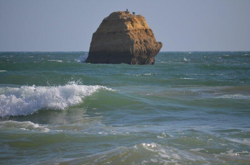 по морям, по волнам