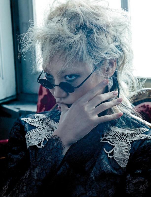 soo-joo-park-giedre-kiaulenaite-by-hong-jang-hyun-for-numc3a9ro-168-november-2015