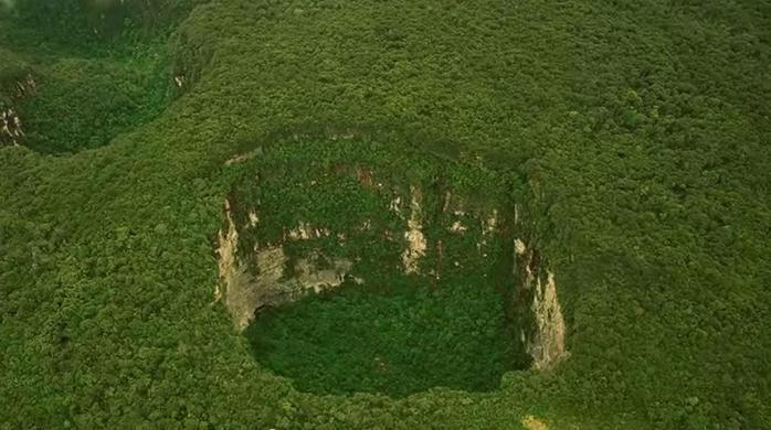Невероятная и непонятная красота плато Сарисариньяма в Венесуэле