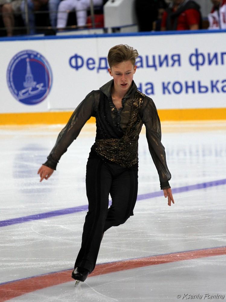 Александр Петров 0_c67ba_3d1ba77b_orig