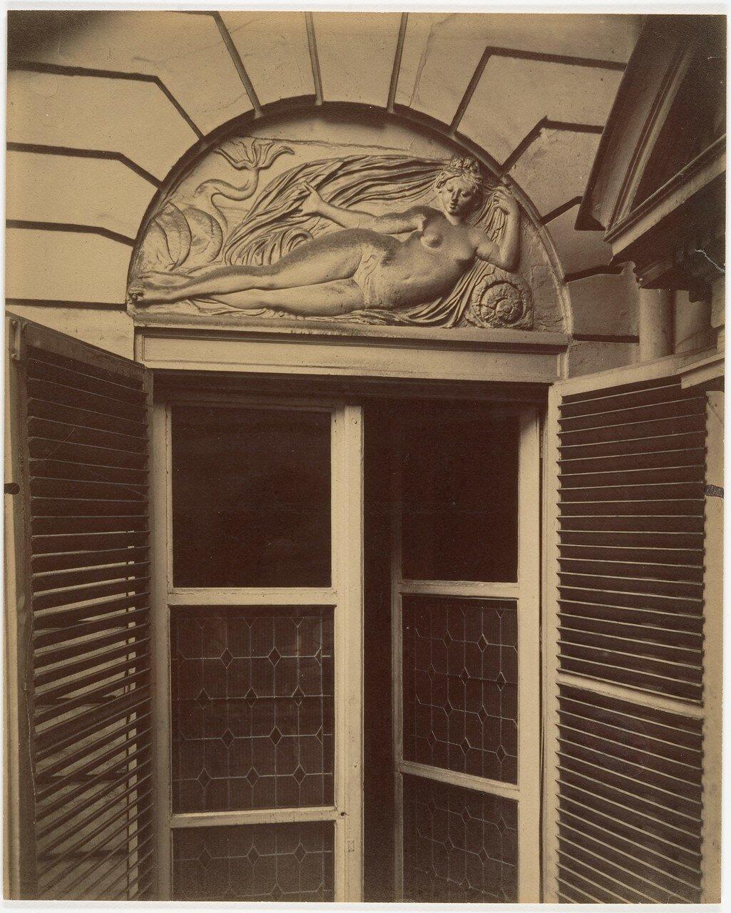 1913. Окно