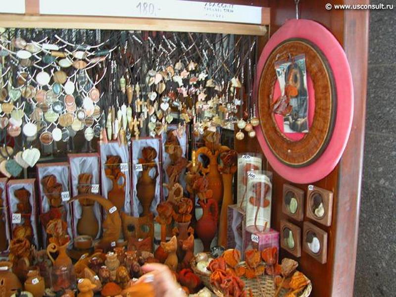 merchandising-in-stores-carlsbad-prague-20-694_resize.jpg