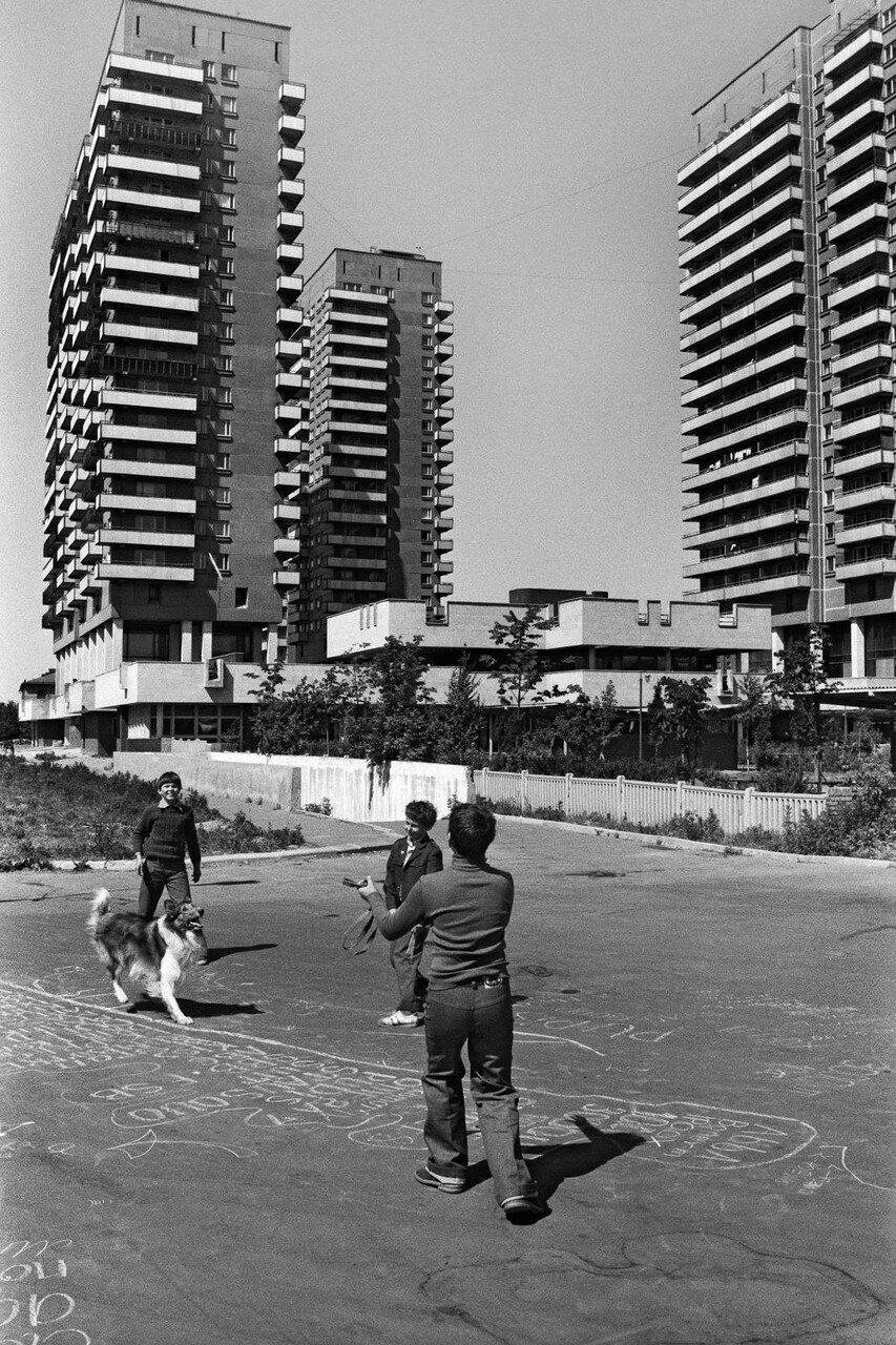 1984. Дома жилищно-строительного кооператива «Лебедь»