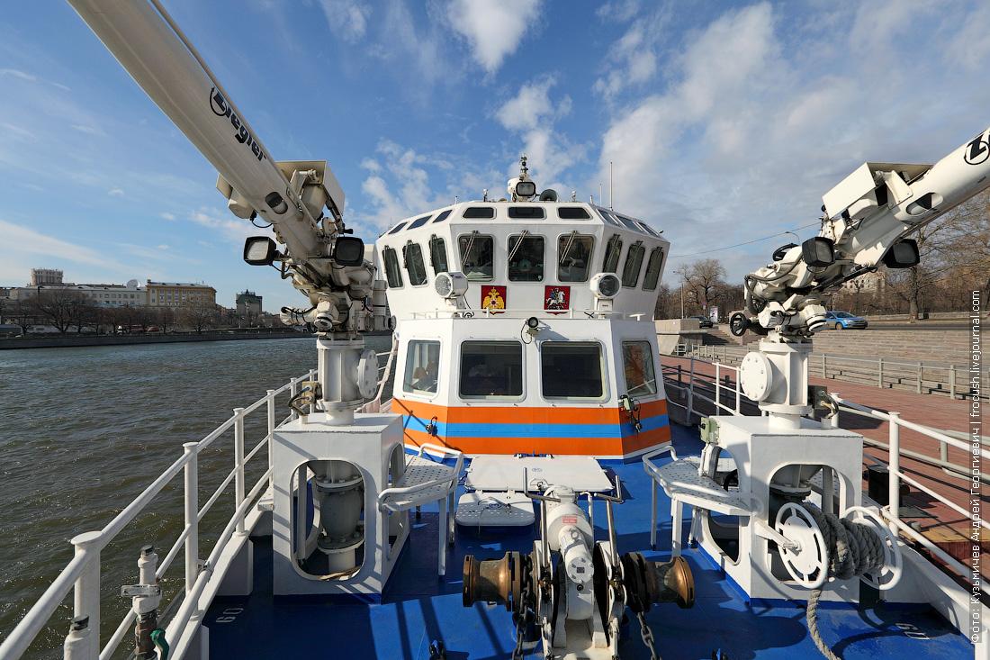 многоцелевое пожарно-спасательное судно Полковник Чернышев