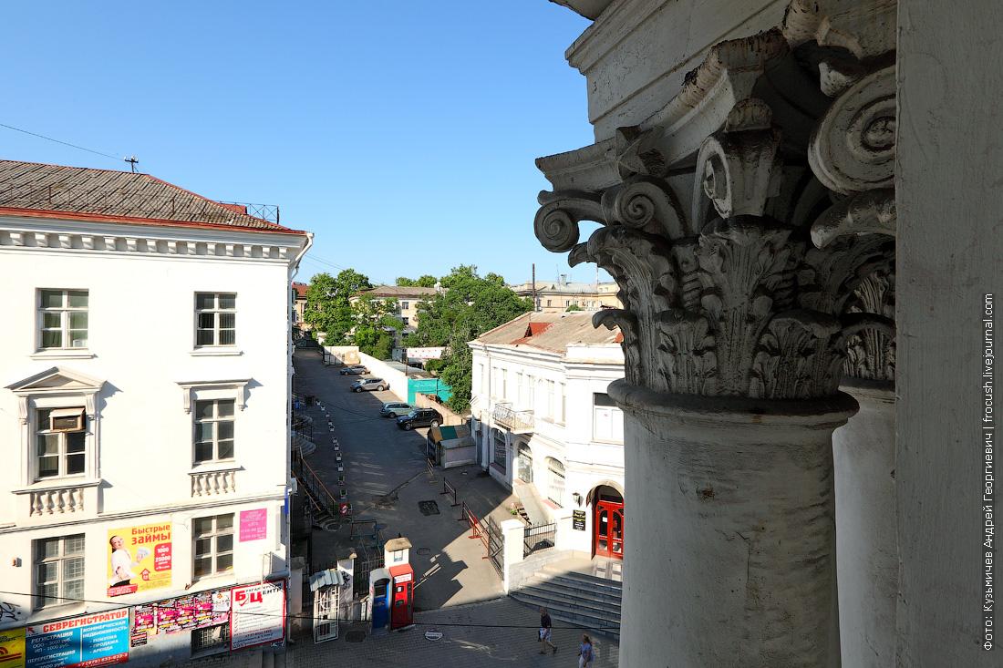 вид из окна номера 261 отеля BEST WESTERN Севастополь