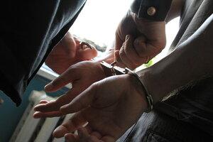 Трое мужчин были задержаны за кражу в особо крупных размерах
