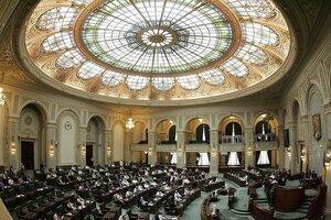 Сенат Румынии ратифицировал соглашение о кредите для Молдовы