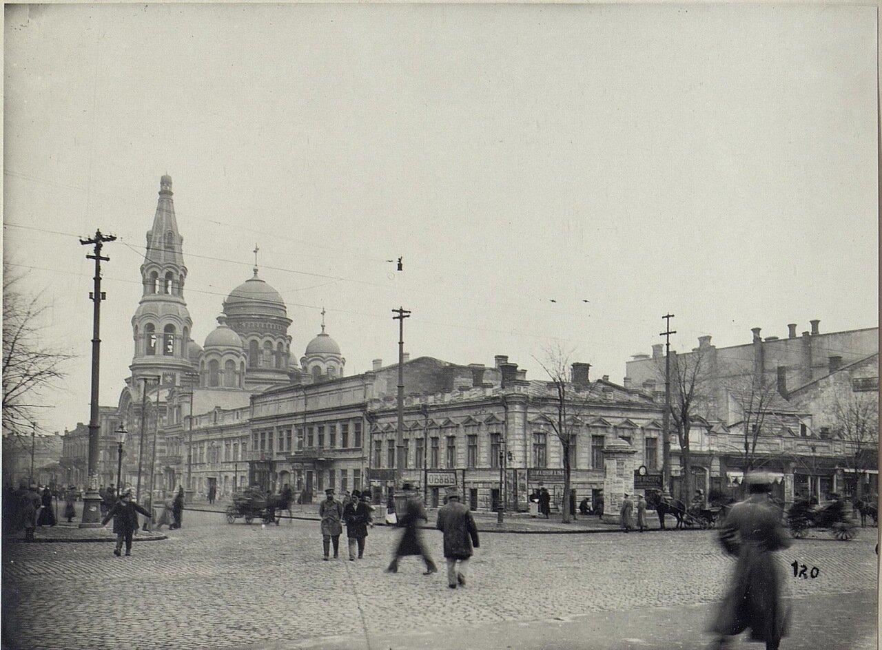 Пантелеймоновская улица, угол Пушкинской