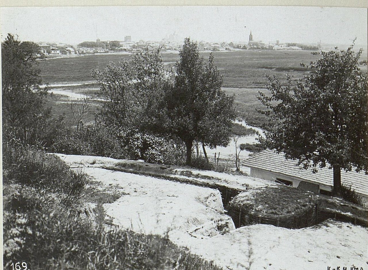 Вид на город от реки Стыр