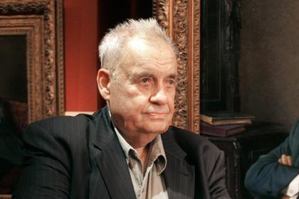 Создатель фильмов Эльдар Рязанов помещен в больницу в критическом состоянии