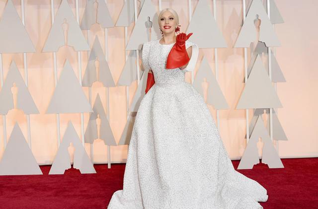 Леди Гага пришла на «Оскар» в ужасном наряде