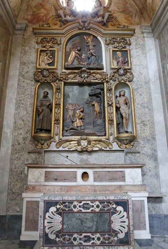 Неаполь. Церковь Санта Мария Ла Нова. Интерьеры
