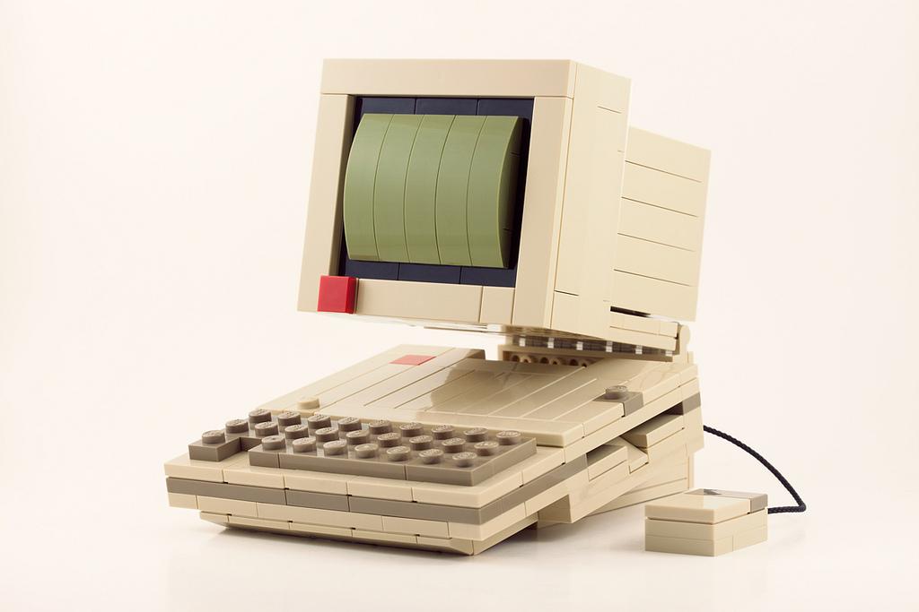 Ретро модели бытовой техники из Lego