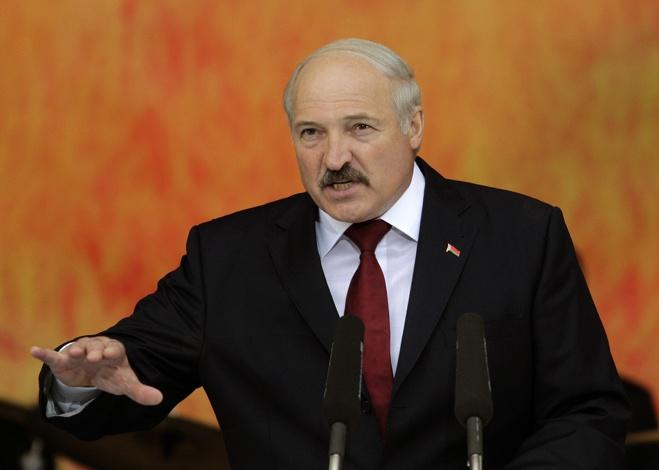 Лукашенко на Донбассе воюют тысячи спецов из России но это добровольцы