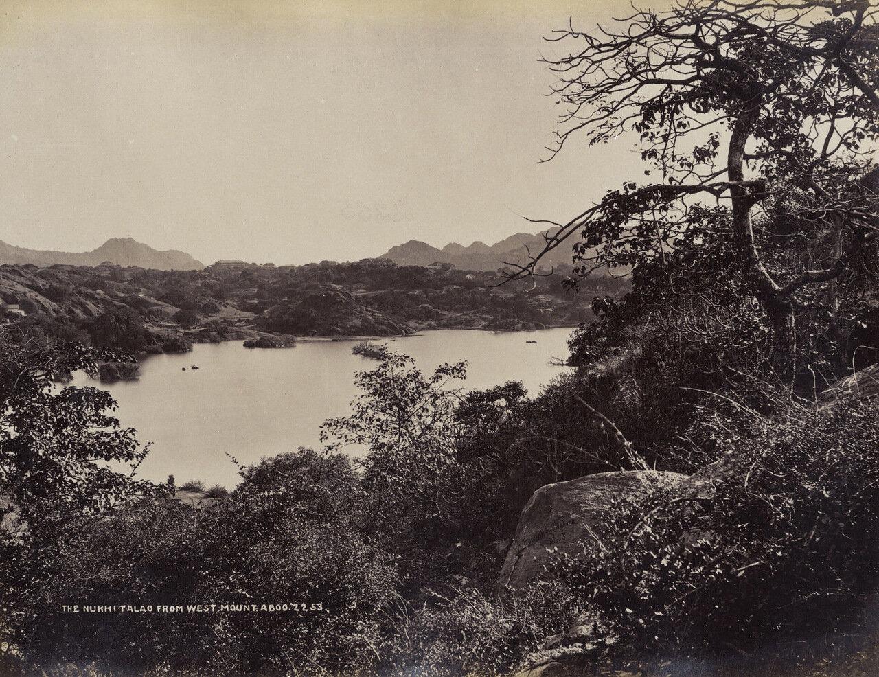 Озеро Накки с Маунт Абу. 1880