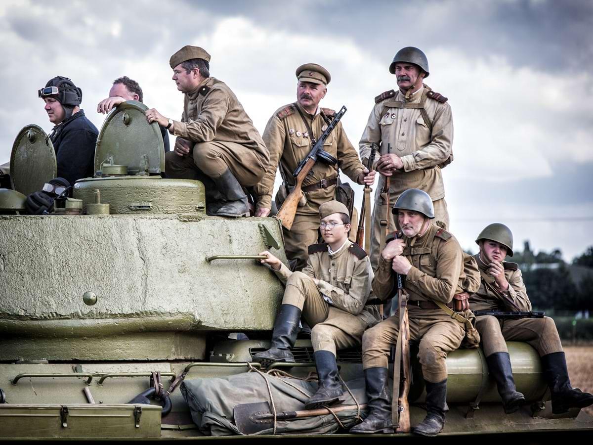 Солдаты Советской Армии в британских реконструкциях сражений 2-й мировой войны (25)