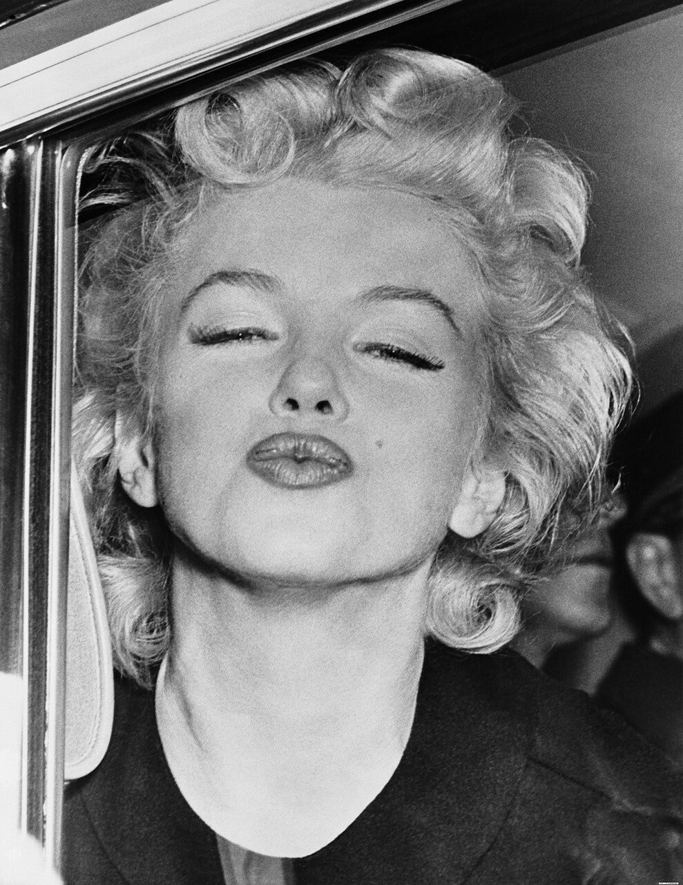 Marilyn Monroe Puckering Lips