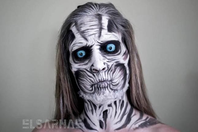 Девушка потрясающе меняет свое лицо с помощью макияжа