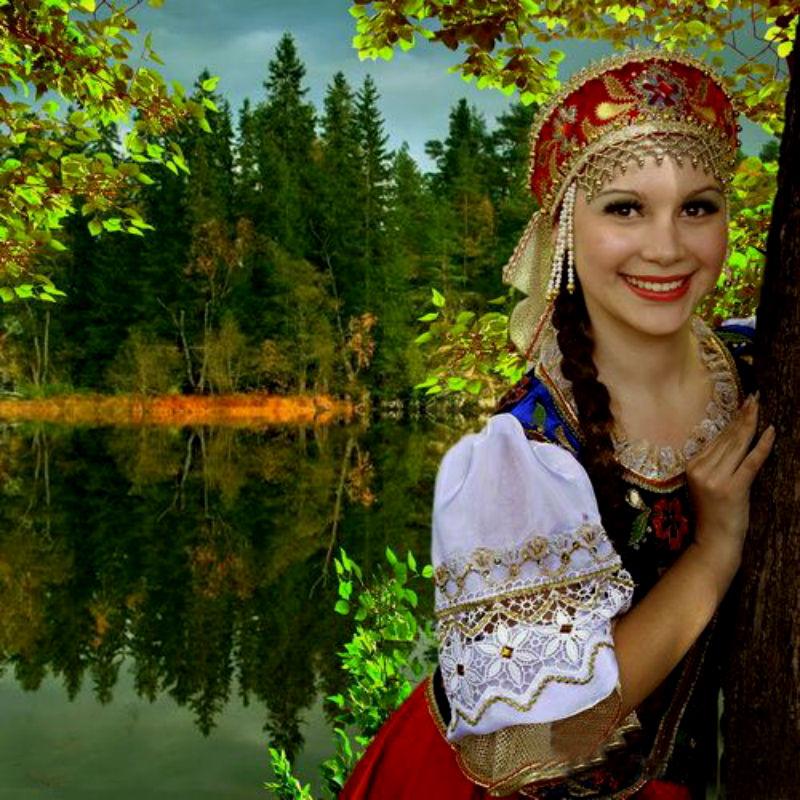 Анимация русская красавица